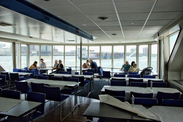 L'intérieur du Spido à Rotterdam