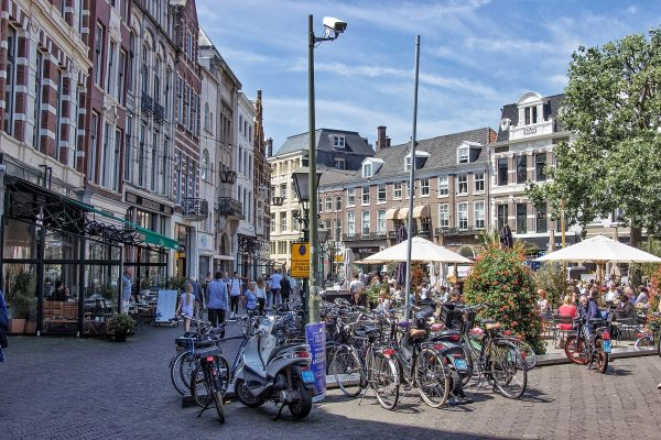 La place Plaats de La Haye
