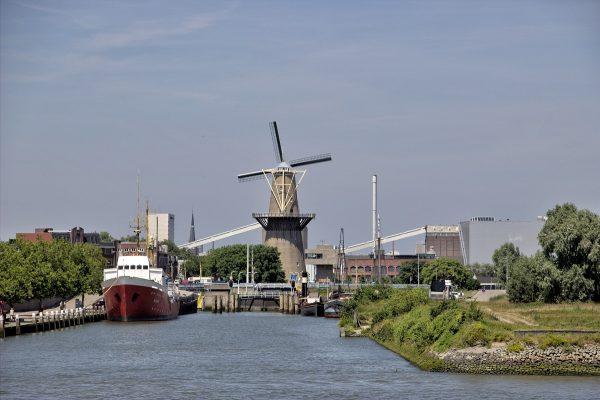 Le moulin du quartier Delfshaven de Rotterdam