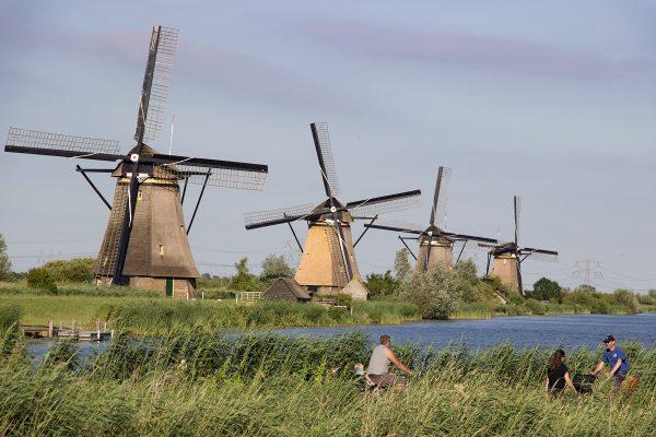 Les moulins de Kinderdijk à quelques kilomètres de Rotterdam