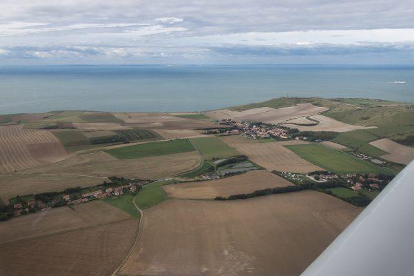 Le survol du Cap Blanc-Nez en avion