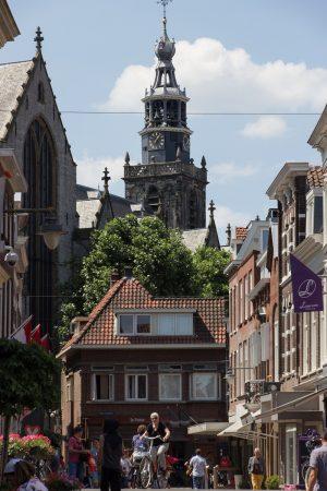 Dans la rue Lange Tiendeweg à Gouda