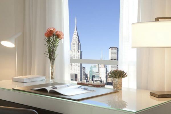 L'intérieur d'une chambre de hôtel Millennium Hilton à New-York