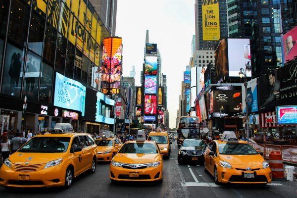 Taxis jaunes à Times Square