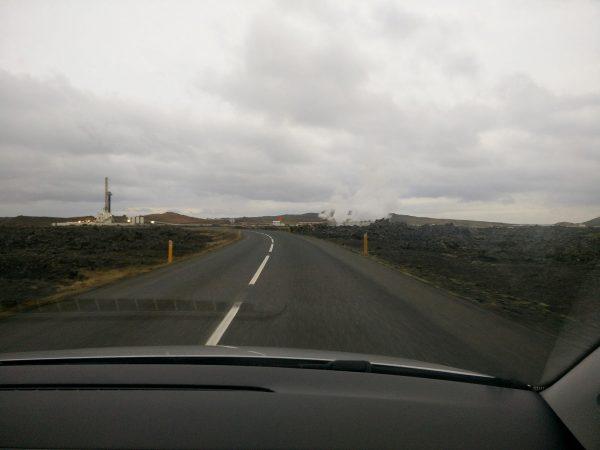 Route goudronnée en Islande