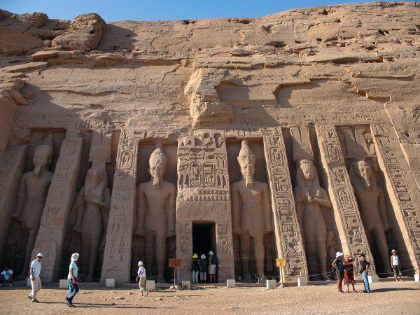 Le petit temple d'Abou Simbel en Egypte