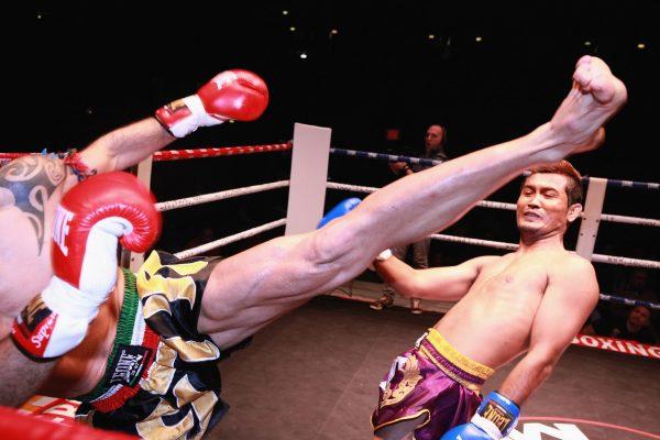 Que faire à Phuket : Assister à un combat de boxe thaï