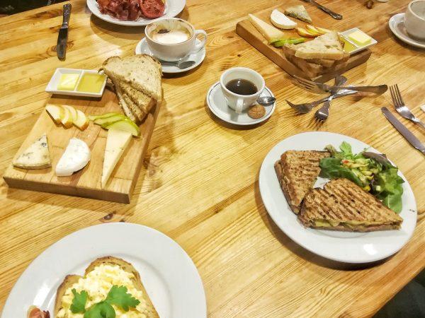 Le brunch au Macknade Fine Foods àFaversham