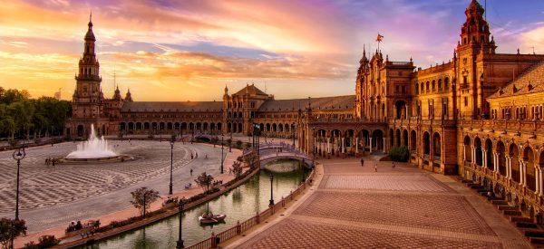 Combiné Séville pour la visite de l'Alcazar, la cathédrale et le bus touristique