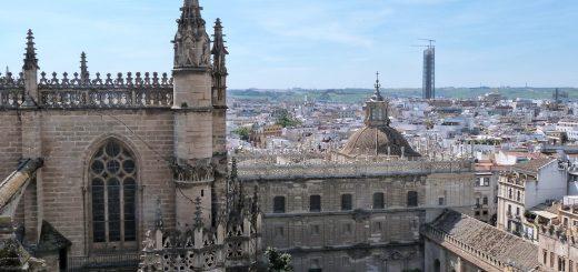 Vue sur la cour des orangers de Extérieur de la cathédrale de Séville