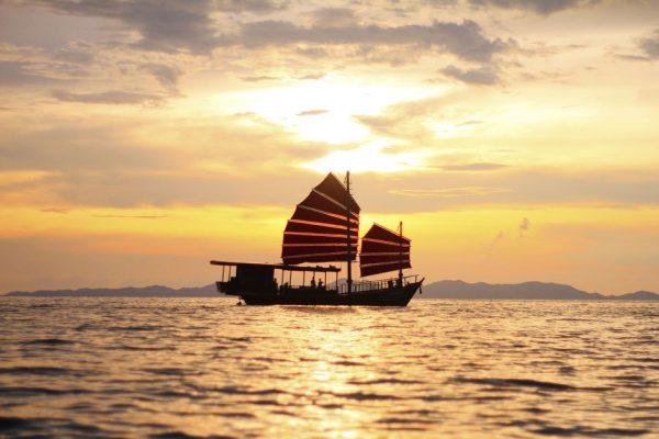 Croisière au coucher de soleil depuis Krabi