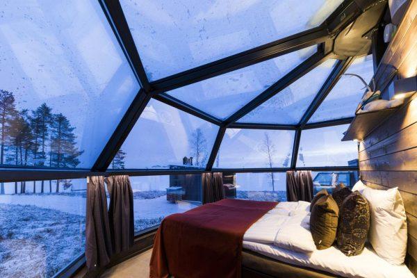 L'Arctic Fox Igloos Hotel