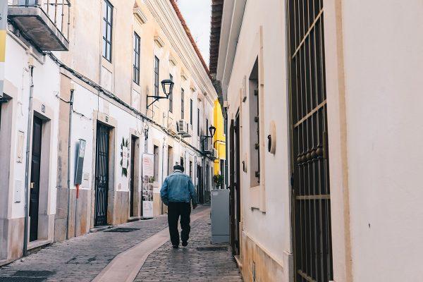 Dans les rues de Loulé en Algarve au Portugal