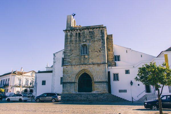 La tour de la cathédrale de Faro