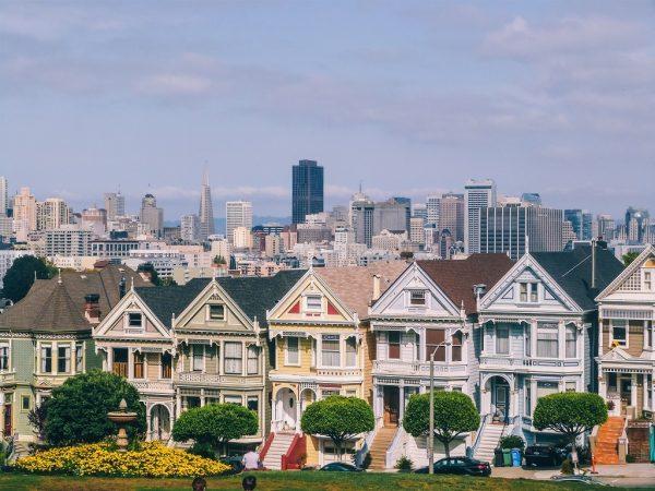 Visiter San Francisco et sa magnifique vue depuis Alamo Square