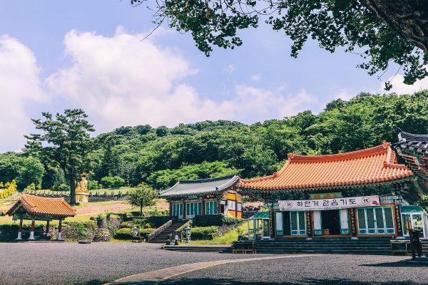 Le temple de Gwaneumsa à Jeju