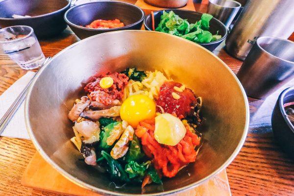 Le bi bim bap, plat typique à manger durant un voyage en Corée du sud