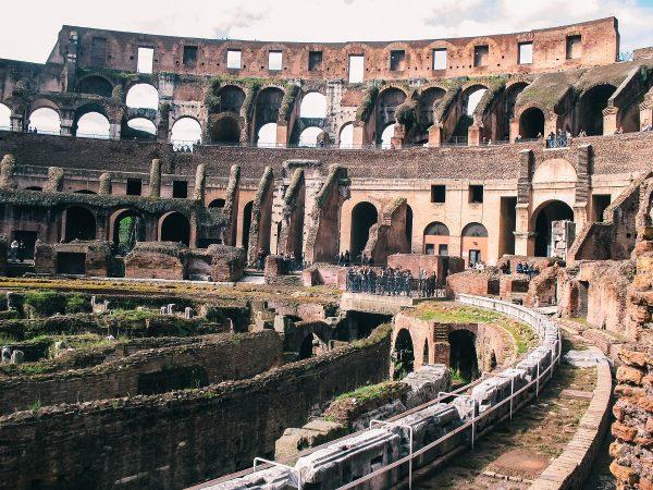 Arène du Colisée de Rome