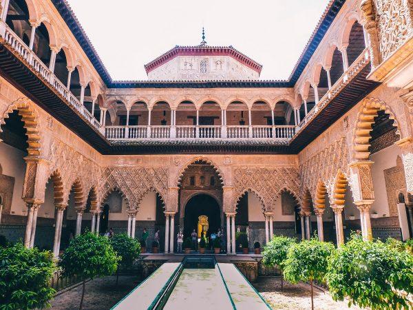 Visiter l'alcazar de Séville et sa Cour des Demoiselles