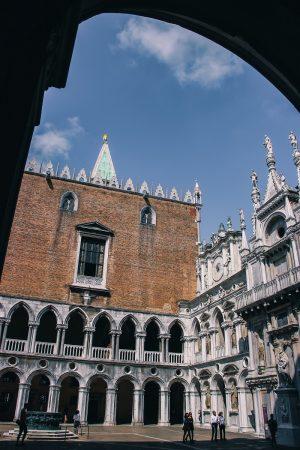 Cour intérieure du palais des Doges à Venise