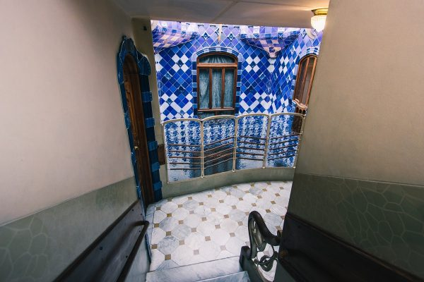 Escalier de la Casa Batllo à Barcelone
