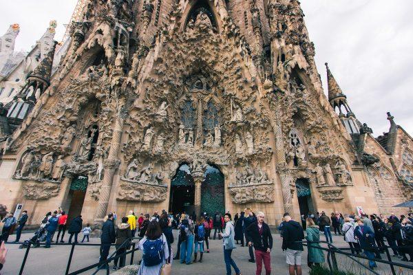 Visite à l'extérieur de la Sagrada Familia