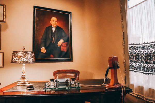 Bureau dans la Casa Mila de Barcelone