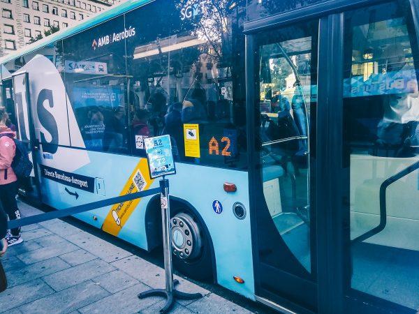 Le bus Aerobus à Barcelone