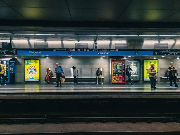 Dans le métro de Barcelone