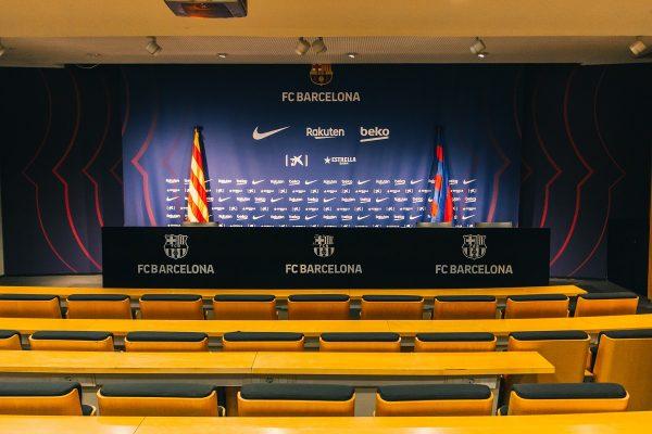 Visite de la salle de conférence de presse du Camp Nou