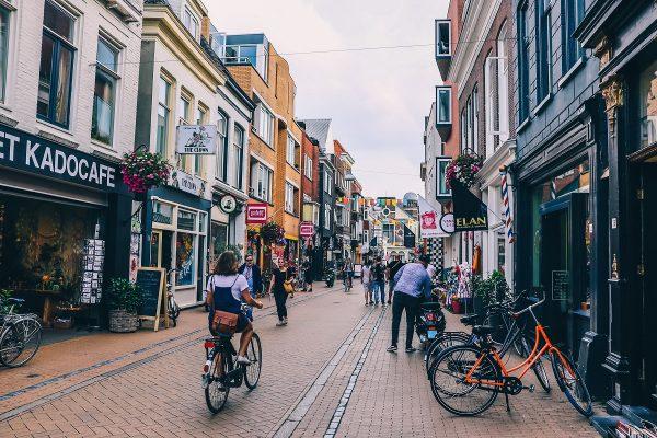 Rue commerçante dans Groningen