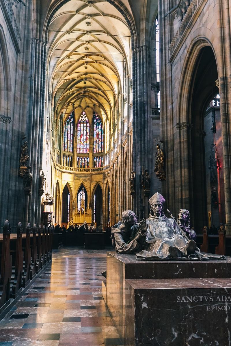 Intérieur de la cathédrale Saint-Guy du Château de Prague