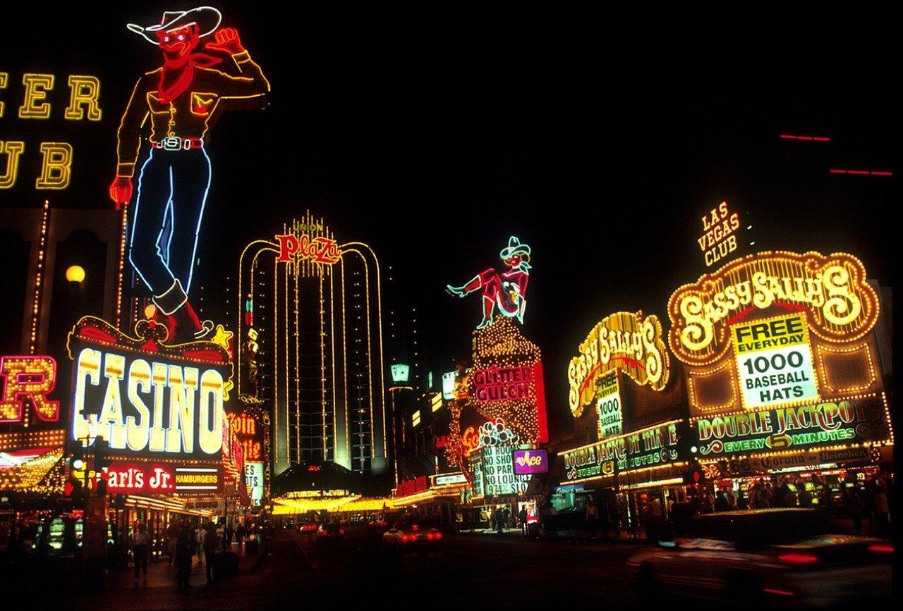Les lumières du Vieux Las Vegas la nuit