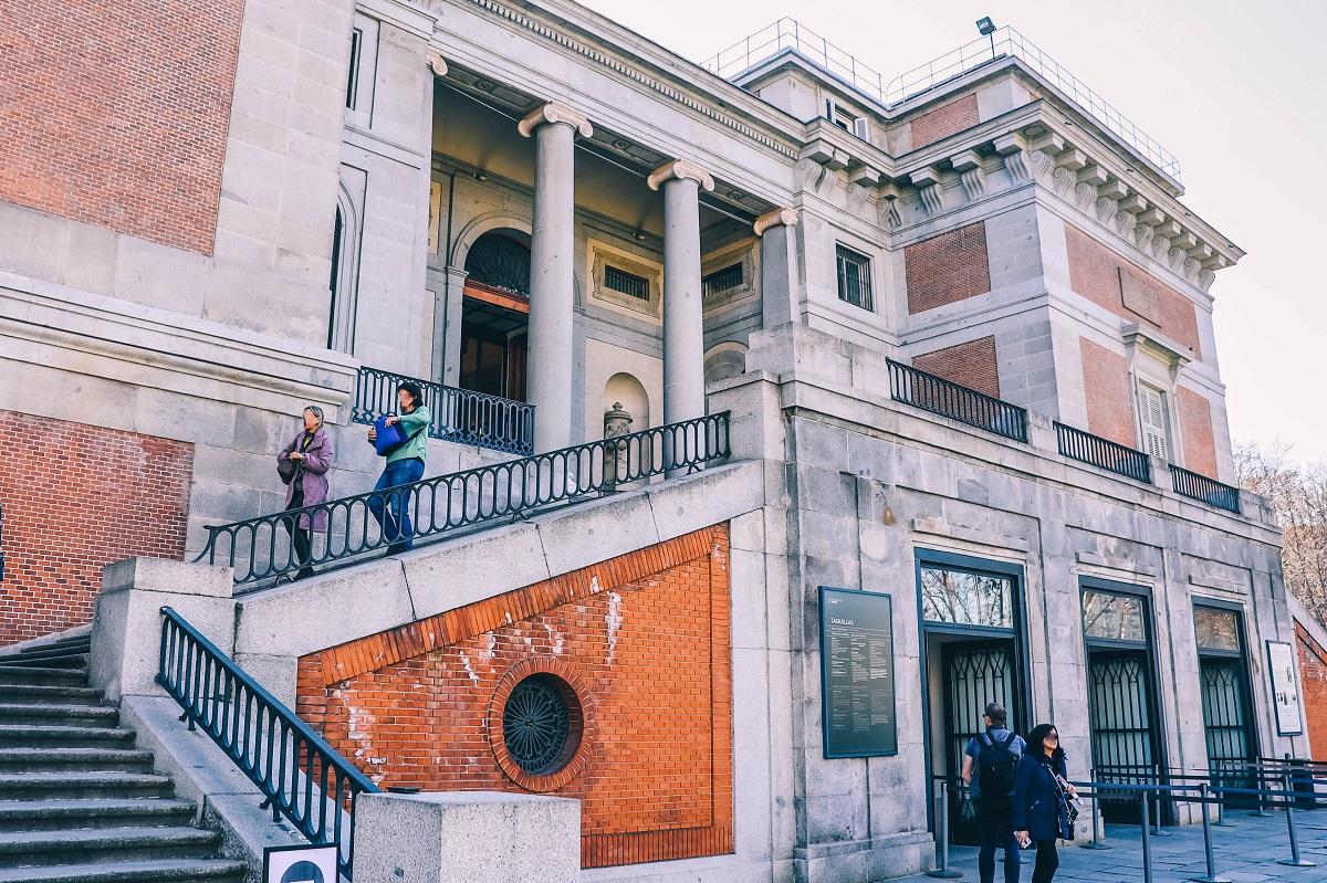 Entrée du Musée du Prado de Madrid