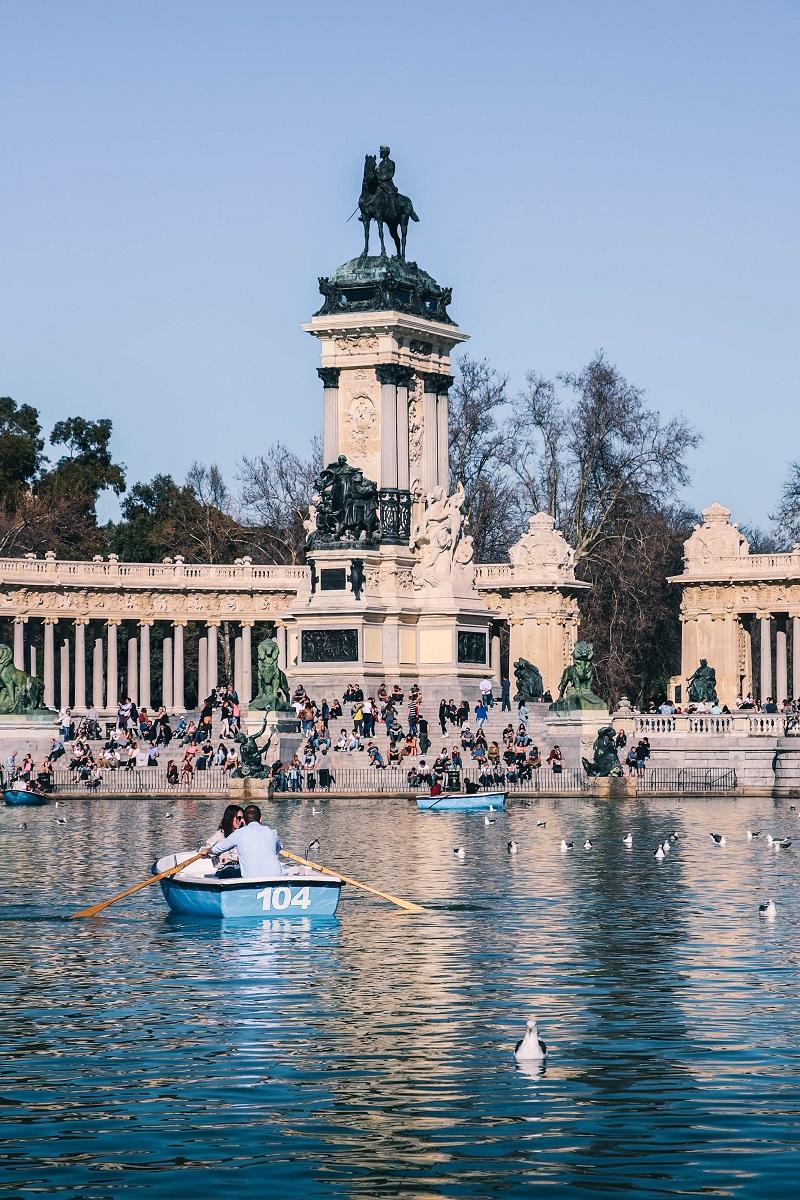 Etang du parc du Retiro à Madrid