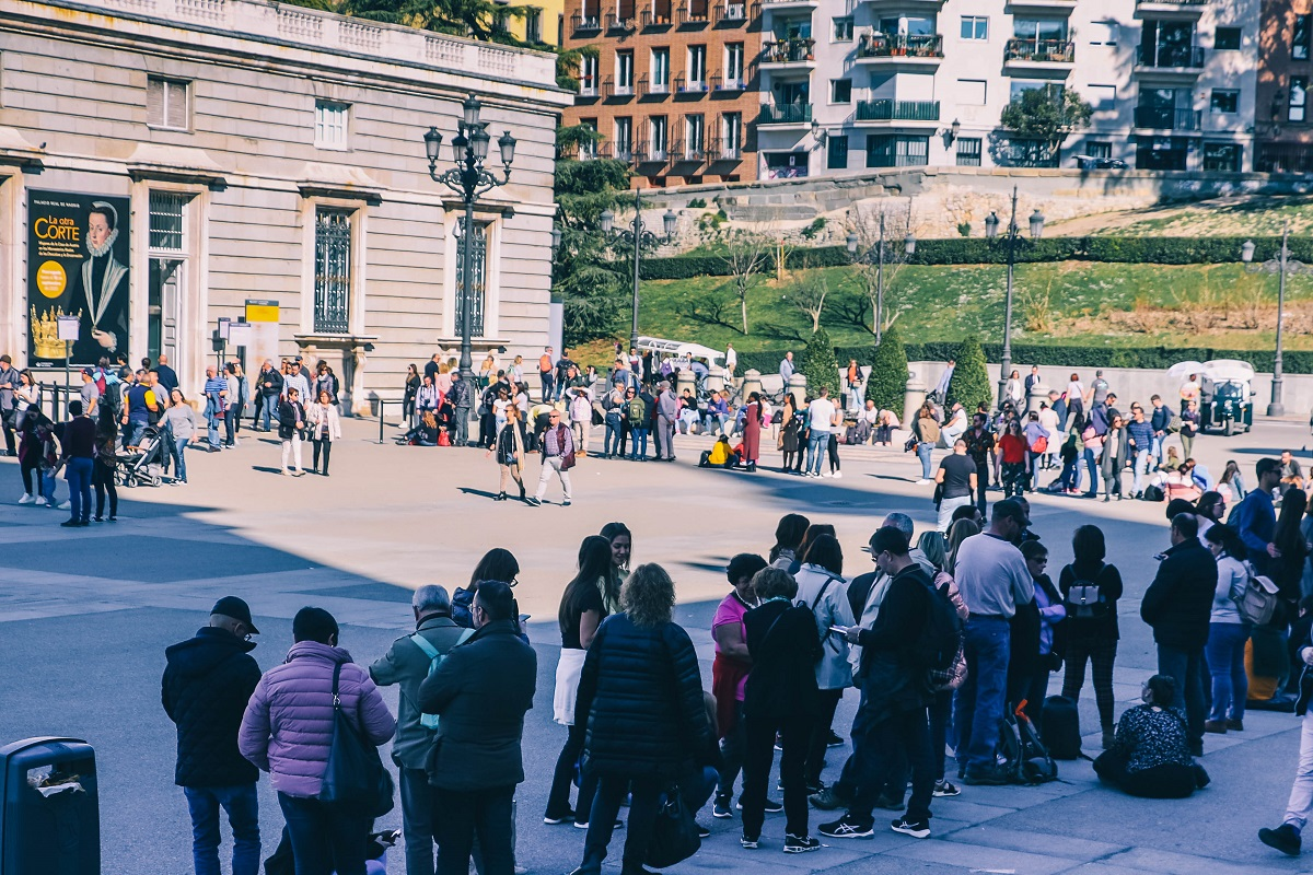 File d'attente pour l'achat des billets au Palais Royal de Madrid
