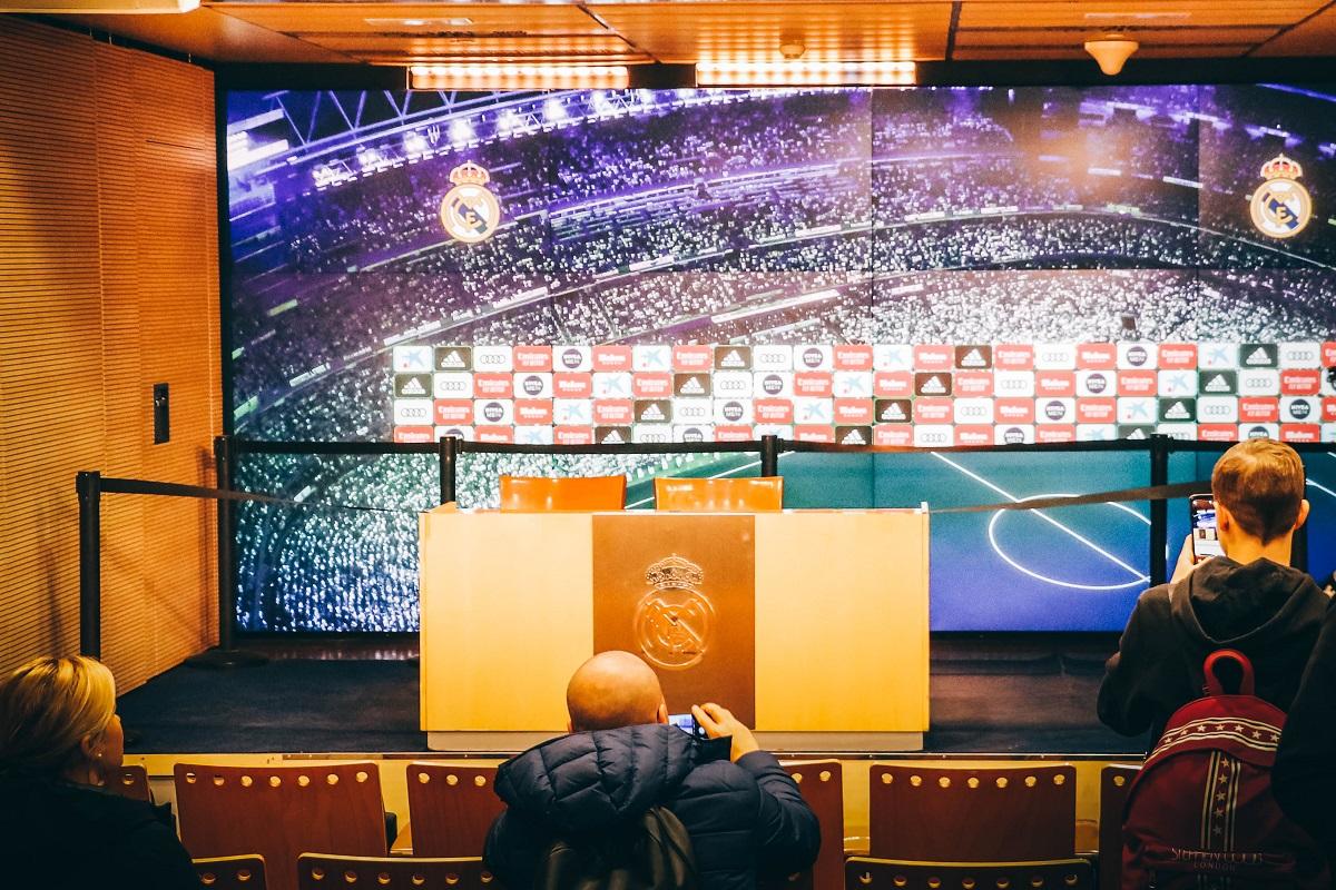 Salle de conférence de presse du stade Bernabeu de Madrid