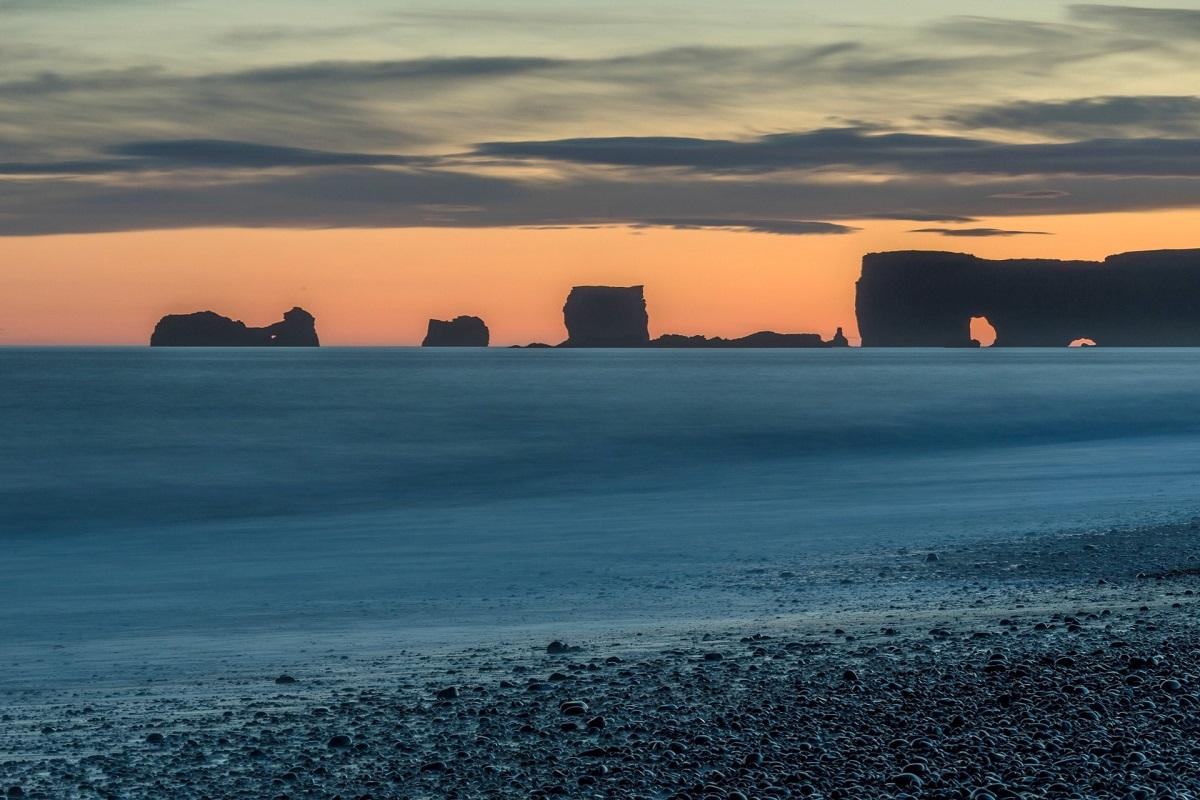 Le cap de Dyrhólaey près de Vik dans le sud de l'Islande