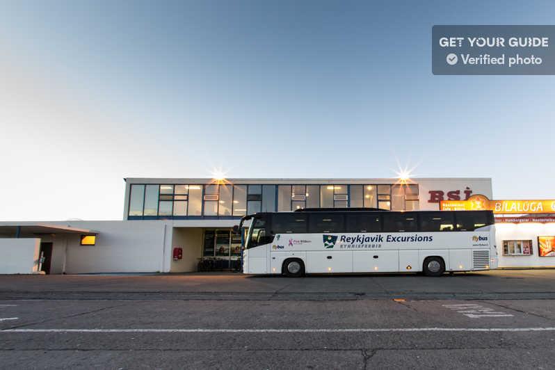 Navette Flybus à l'aéroport de Keflavik en Islande