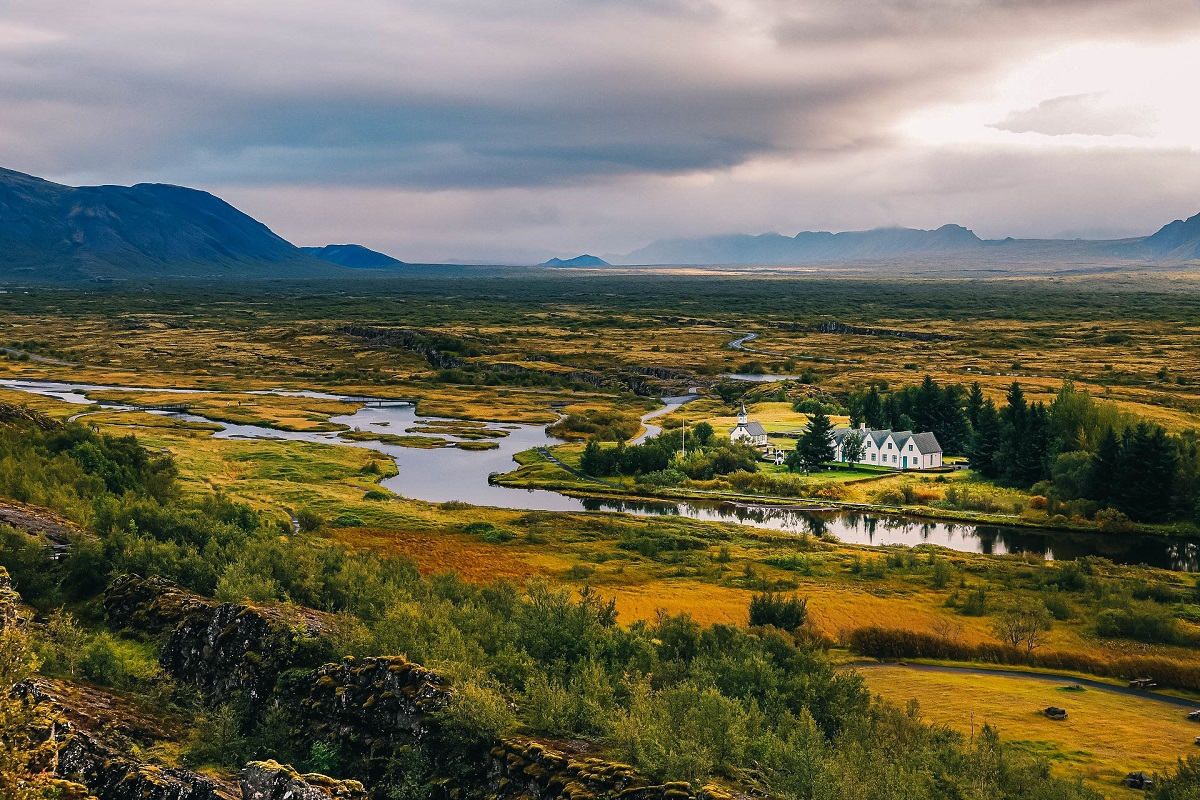 Panorama dans le parc national de Thingvellir dans le cercle d'or en Islande