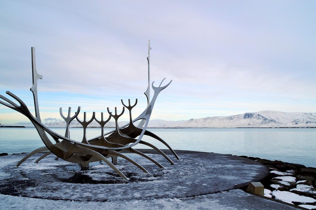 Sculpture du navire viking à Reykjavik
