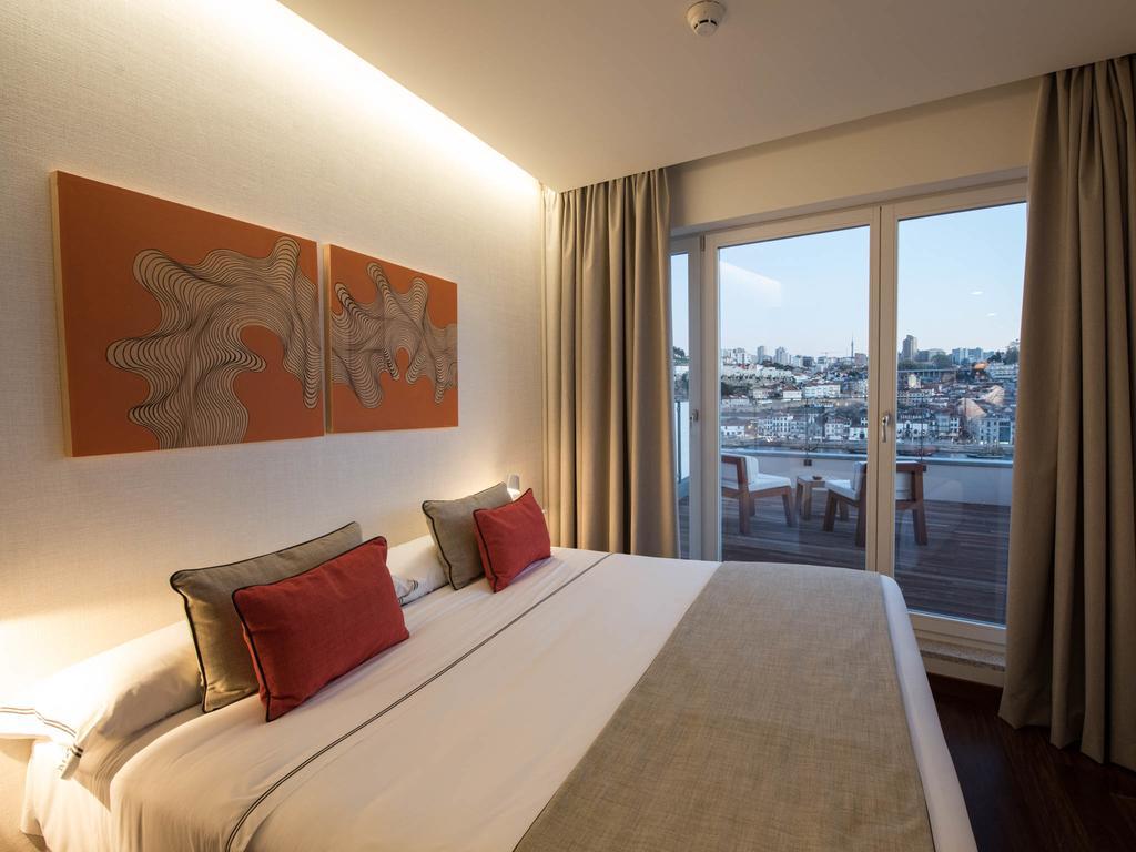Dans une chambre de l'hôtel Carris Porto Ribeira à Porto