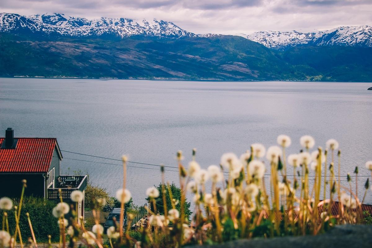 Le fjord Hardanger en Norvège