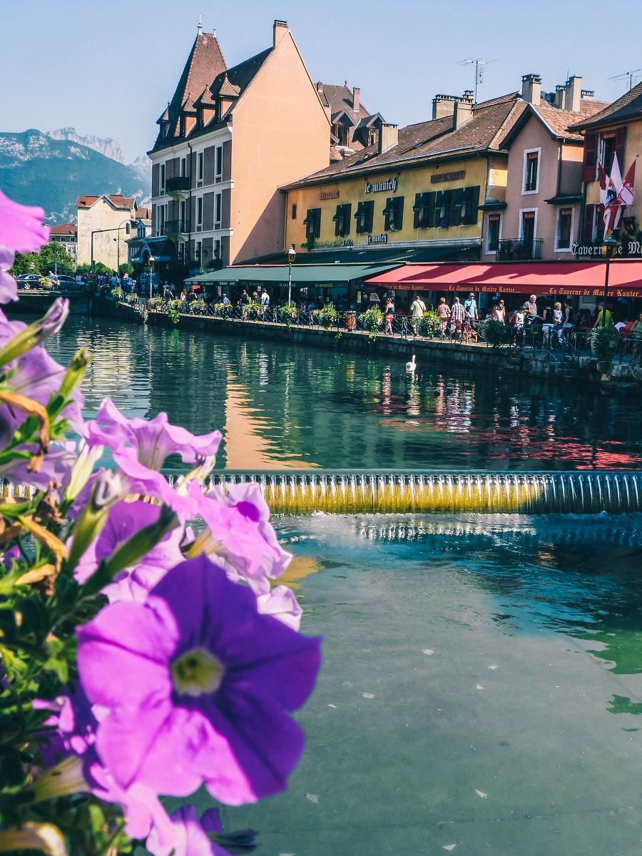 Visite d'Annecy et ses points de vue sur les canaux