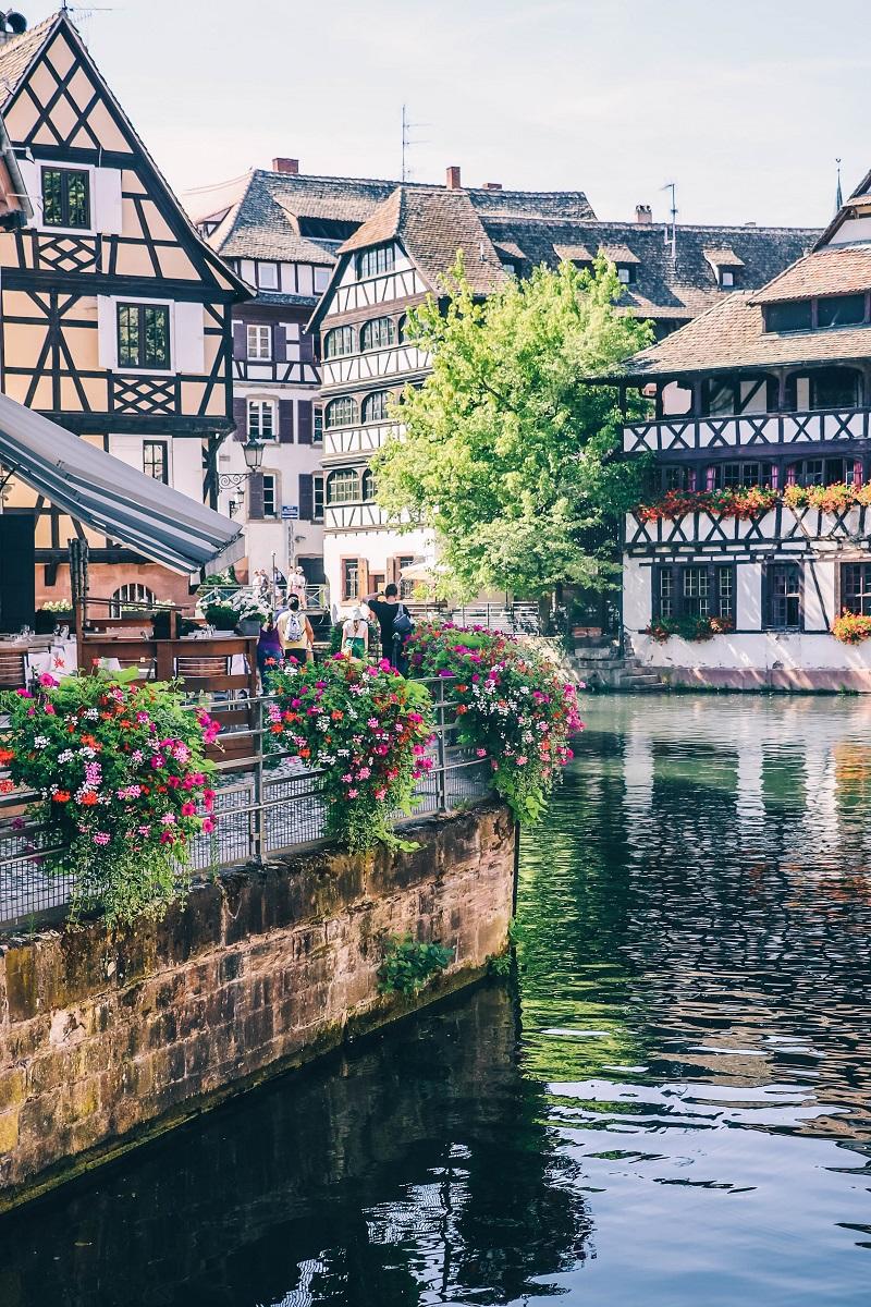 Canal dans le quartier de la Petite France à Strasbourg