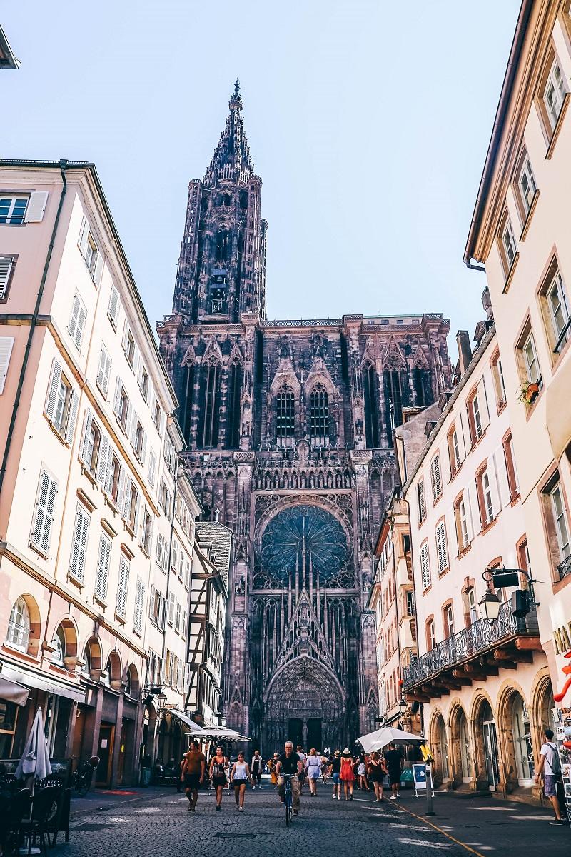 Cathédrale de Strasbourg vue depuis la rue Mercier