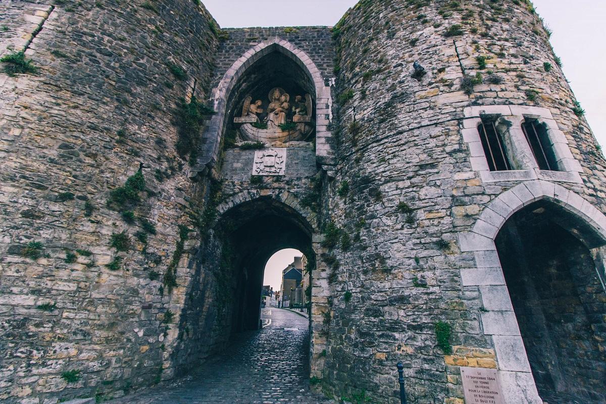 Une porte d'accès à la vieille-ville de Boulogne sur Mer