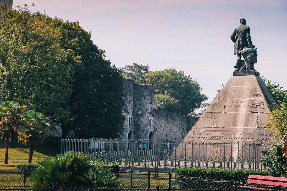 Statue de Mariette à Boulogne sur Mer