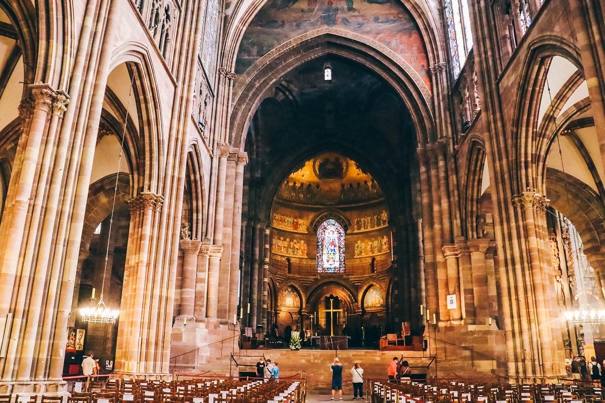 Visite de l'intérieur de la cathédrale de Strasbourg