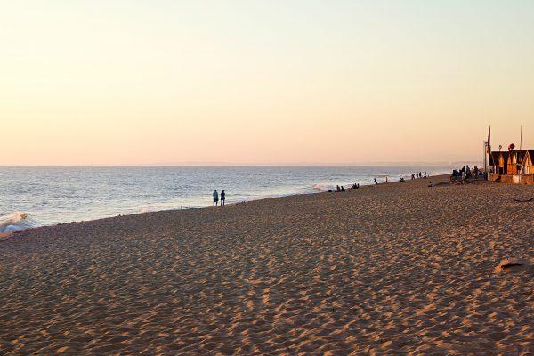 Sur la plage de Faro